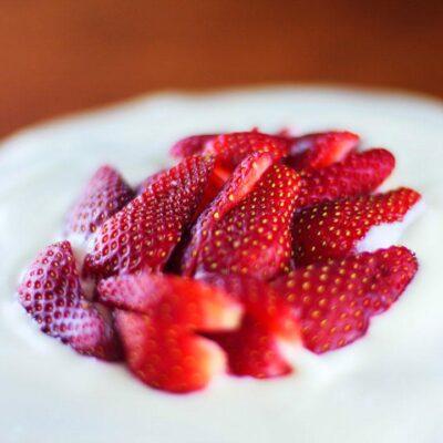 Chocolate Cake with Strawberry Jelly and Yogurt Cream Recipe