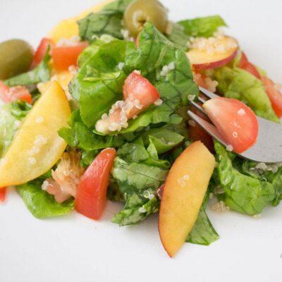 Peaches, Tomatoes, Quinoa Salad Featured Image